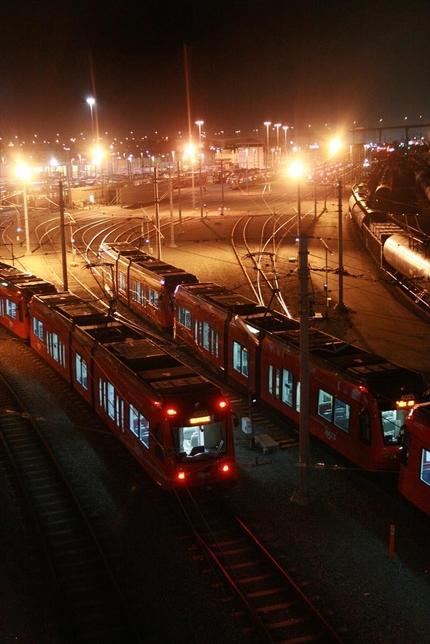 街中を走る電車