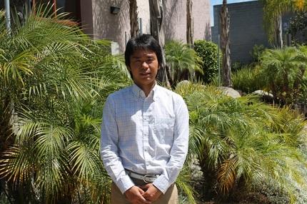 語学部門担当の岩田さん
