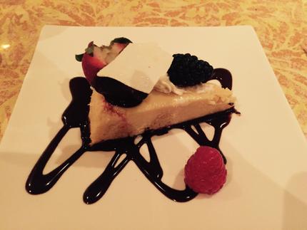 味の濃厚なチーズケーキです。