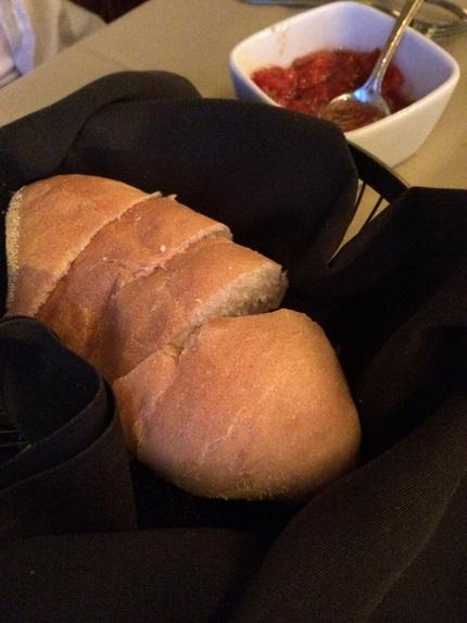 ふかふかパンと一緒に出てきたト...