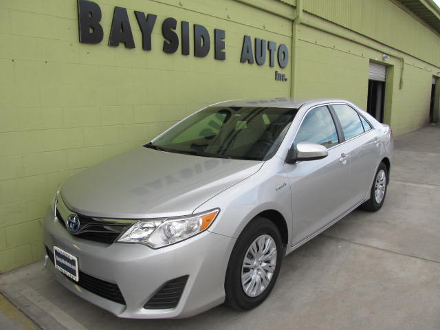 2012 Toyota Camry LE Hybrid