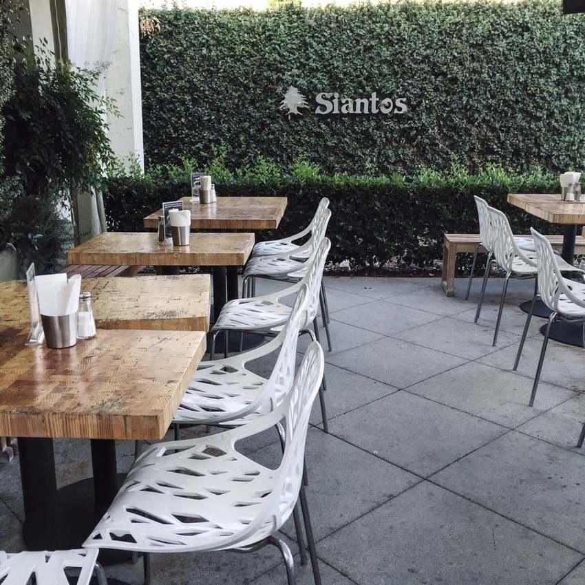 ロサンゼルス:Sianto's...