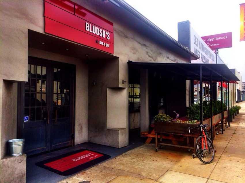 ロサンゼルス:Bludso's...