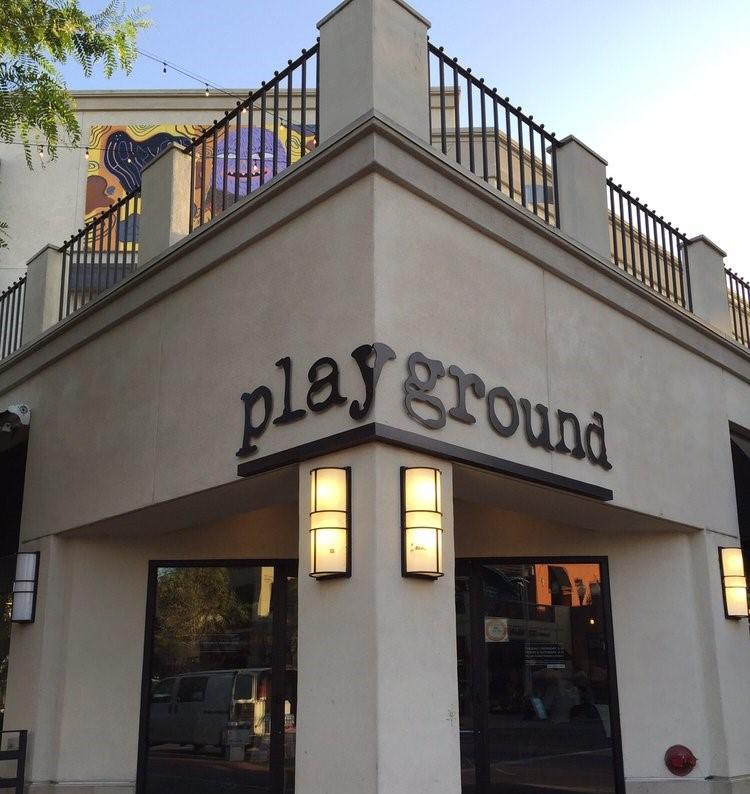 ロサンゼルス:Playgrou...