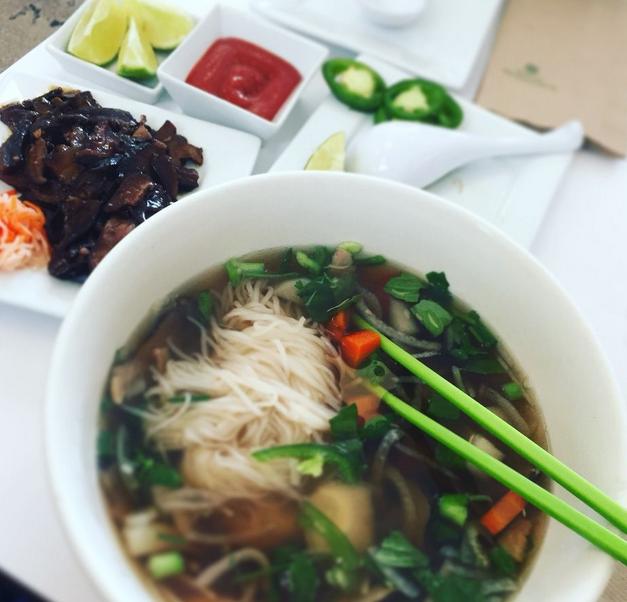 ロサンゼルス:ベトナム料理 N...