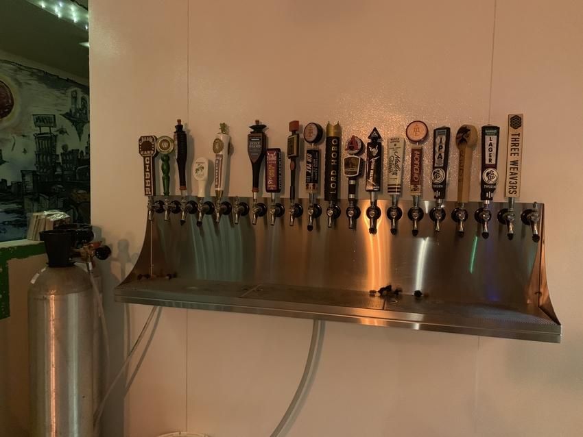 ローカルのクラフトビールが色々...