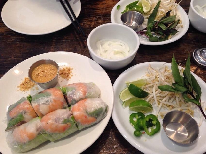 ベトナム料理でよく出てくる透明...