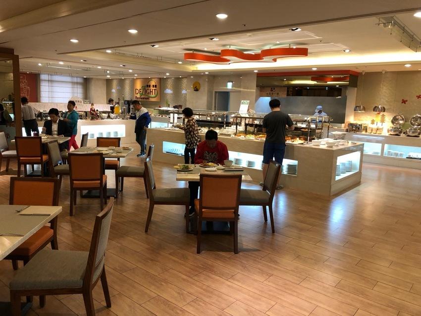 Hotel Breakfast in Taipei