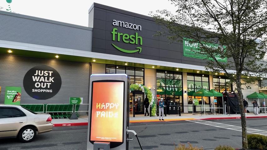Amazon Fresh が開...
