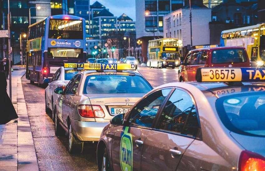 タクシー(Takushii)