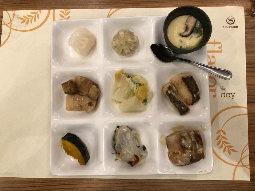 Buffet Lunch / ...