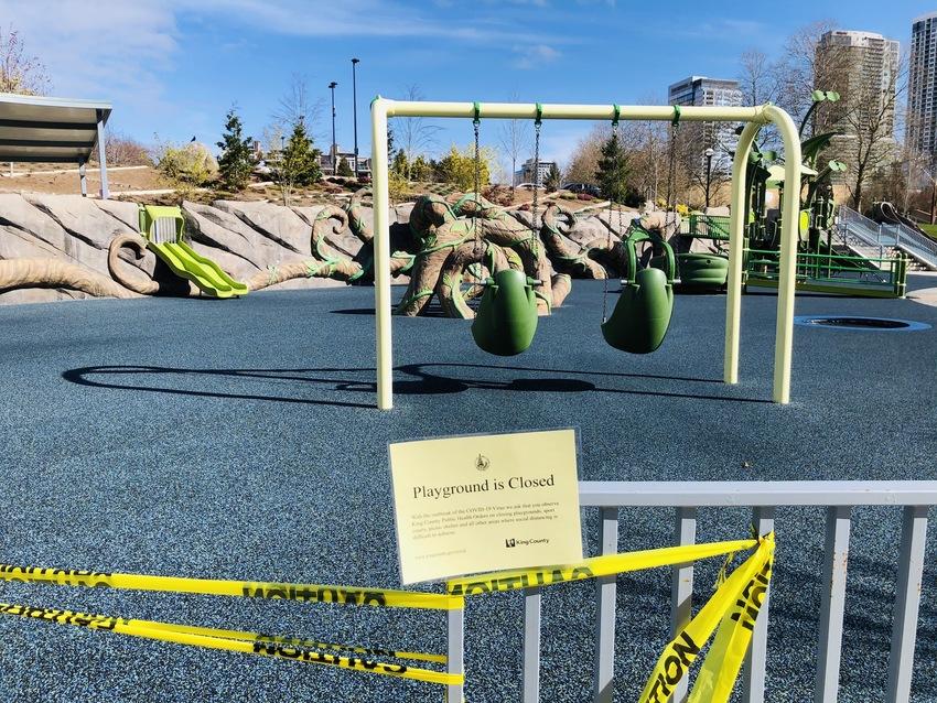 公園は閉まっています