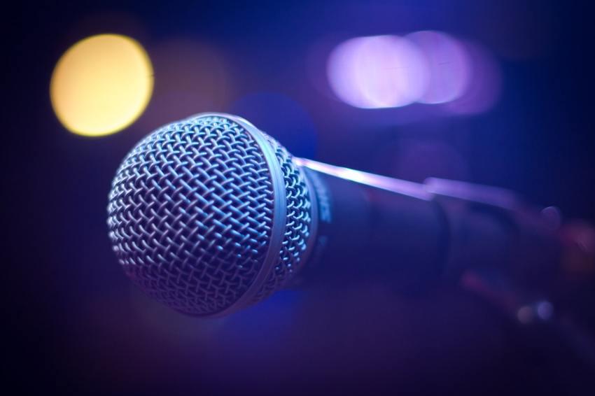 Karaoke カラオケ...