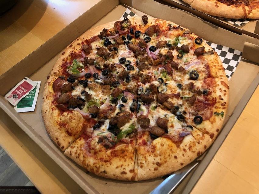 何が食べたいですか。ピッザが食...