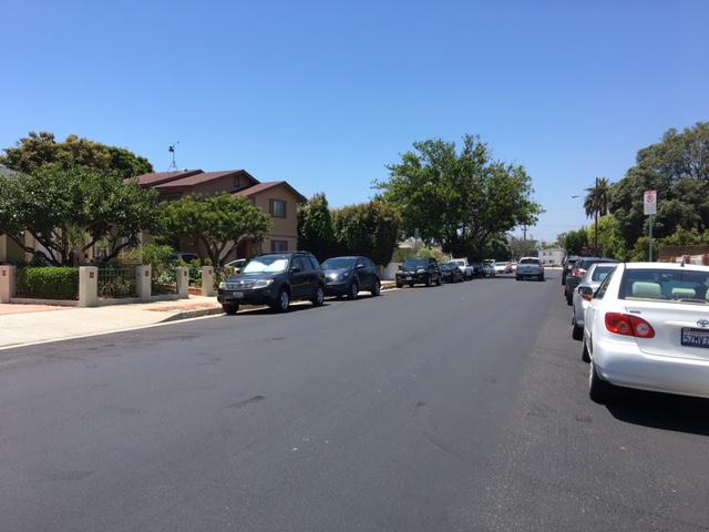ロサンゼルスの路上駐車と駐車禁...