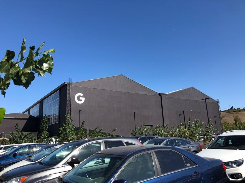 Googleの新オフィスがプラ...