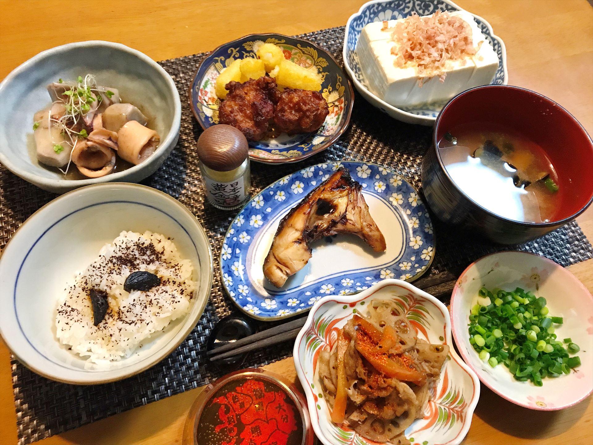 イカ と 里芋 の 煮物