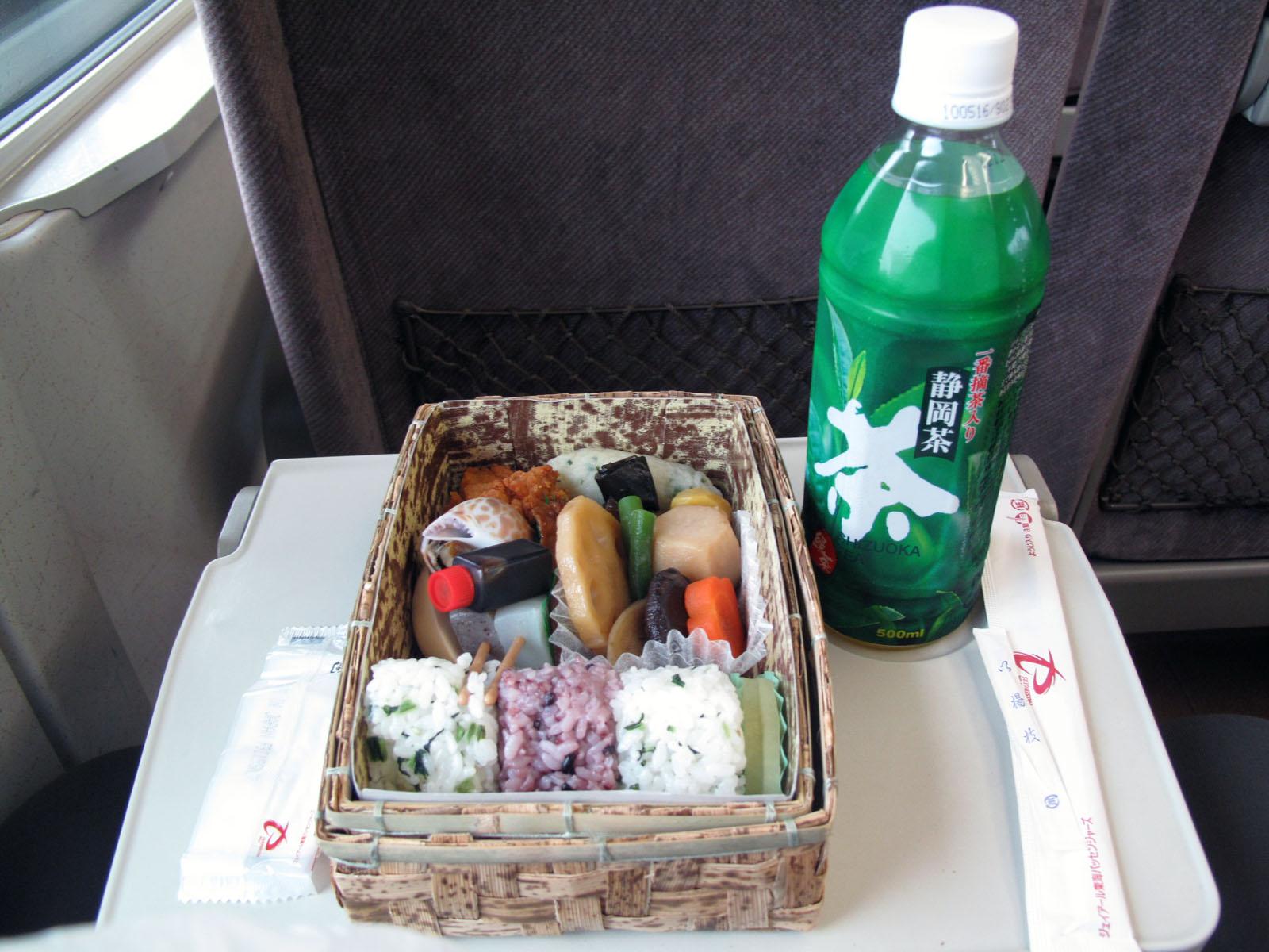 lunch box bento box welcome to ucikura s blog bloguru. Black Bedroom Furniture Sets. Home Design Ideas
