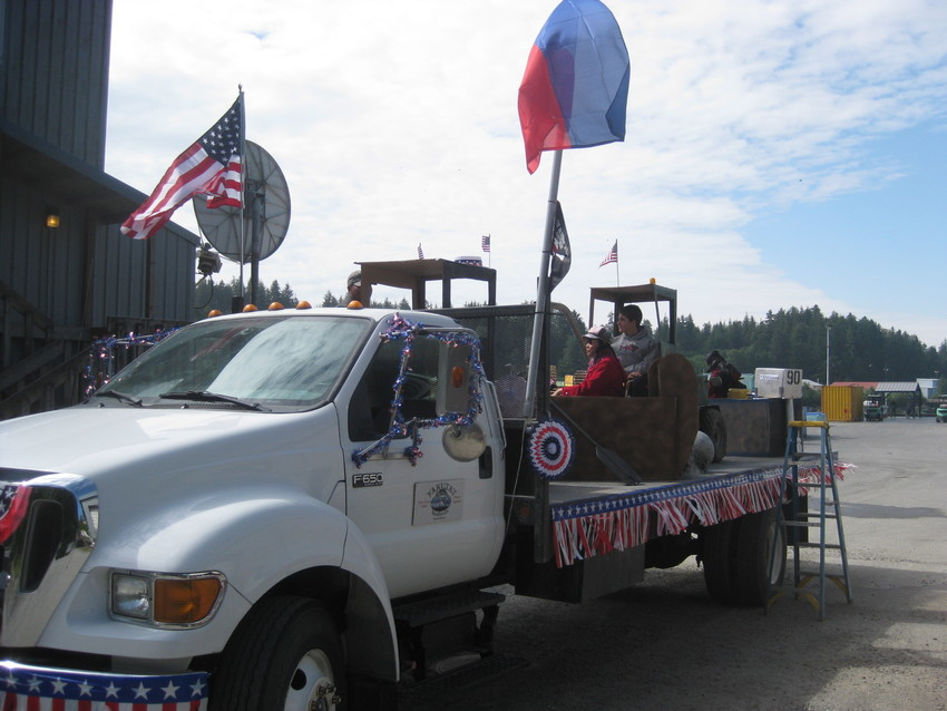 Yakutat Seafoods Wins Float C...