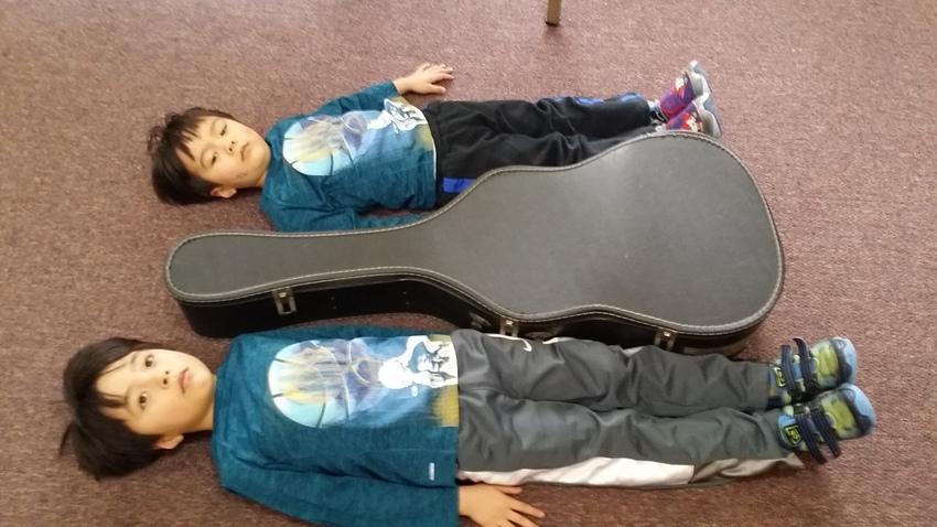 ボーイズ、僕と貴子先生のギター...