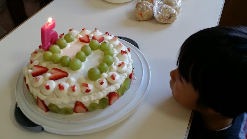 ねずみちゃんの五歳の誕生日のお...
